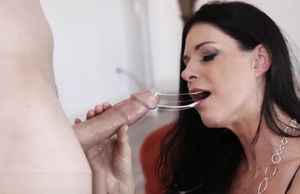 All-natural Cougar India Summer Messy..