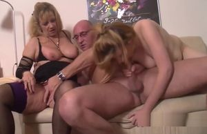 Junior jumpy amateurs first-ever 3some