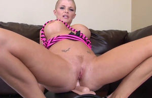 Super-naughty  Joslyn James in..