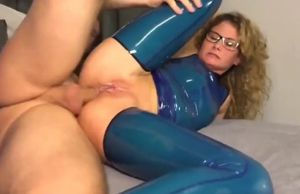 Buttfuck internal ejaculation in blue..